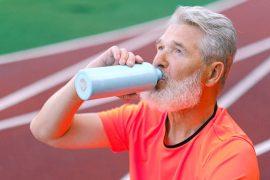 Bebe agua hidrogenada también en vacaciones